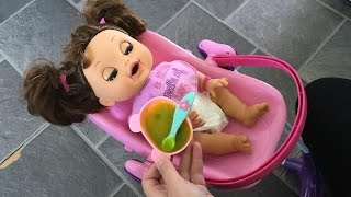 getlinkyoutube.com-Baby Alive Real Surprises Morning Routine!
