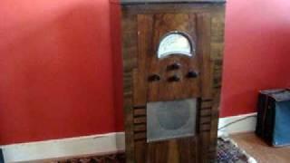 getlinkyoutube.com-Marconiphone 245 radiogram (1936)