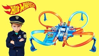 getlinkyoutube.com-Officer Ryan Unboxes Hot Wheels Criss Cross Crash + 22 HOT WHEELS CARS a YouTube Kids Video