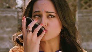 getlinkyoutube.com-Sonakshi Sinha's viral kiss