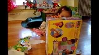 getlinkyoutube.com-Melanie regalos de Papa Noel!!!