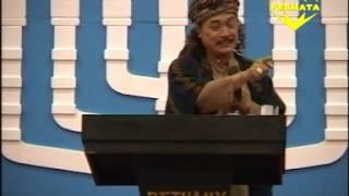 getlinkyoutube.com-Ceramah KH DR Nuril Arifin MBA at Natal Gereja Bethany Tayu (09-12-2013) PART 1
