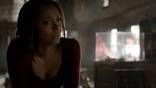 getlinkyoutube.com-The Vampire Diaries: 7x22 - Everyone write to Elena, Damon and Enzo kill people [HD]