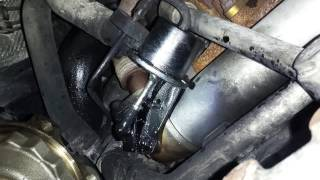 getlinkyoutube.com-VW Jetta TDI Hissing / Leaking EGR cooler valve how to find / fix the leak