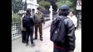 getlinkyoutube.com-Ataque de fanático Javier Soto al líder del @Movilh Rolando Jiménez / No más homofobia!