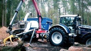 getlinkyoutube.com-Fendt 939 Tractor with Palfinger Epsilon Shredding Logs