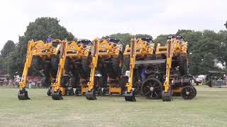 getlinkyoutube.com-JCB Tractor Dancing - J C Balls