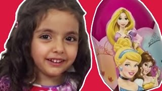 Disney Princesses Giant Surprise Egg Unboxing AMAZING Princess Doll Collection Video For Kids