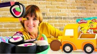 getlinkyoutube.com-Умные машинки и СУШИ Плей До - видео с Машей Капуки Кануки. Делаем еду из пластилина Play Doh.