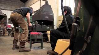 getlinkyoutube.com-Making a Striking anvil. Drifting the hardy hole