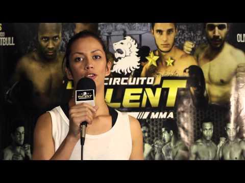 Mylla Souza antes da sua vitória no Circuito Talent Renault de MMA - 20/07/2013