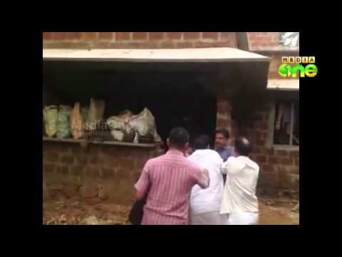Wakf inspector manhandled in Areekode, exclusive visuals