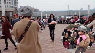 getlinkyoutube.com-人気読者モデルによる、サプライズプロポーズフラッシュモブinお台場 Propose by Flash Mob!! in Tokyo 2014/11/9 |S.I.P.H