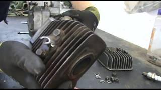 getlinkyoutube.com-Restauro passo-passo di una moto d'epoca - Ep. 1 Smontaggio di testata, cilindro e pistone.