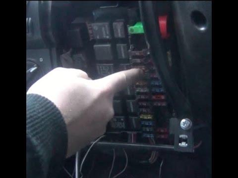 Замена предохранителя левого габарита на ВАЗ - Lada Granta