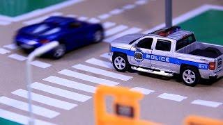 getlinkyoutube.com-POLICE CAR CHASE | toy police chase | toy police car chases | Police Car For Children | POLICE