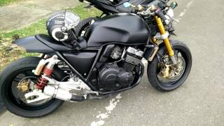 getlinkyoutube.com-CB 400 SF Cafe Racer exhaust sound