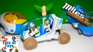getlinkyoutube.com-Explore Space and Launch Flash Beams Miles From Tomorrowland Scout Rover by Lots of Toys
