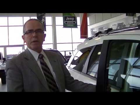 Walk around of the 2013 Dodge Journey at Dilawri Chrysler Ottawa