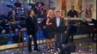 getlinkyoutube.com-Natasa Theodoridou - Nikos Makropoulos / «Stin ygeia mas»[Finale]