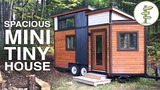 getlinkyoutube.com-SMALLEST TINY HOUSE with All the Comforts of Home - Full Tour
