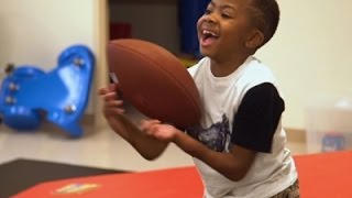 getlinkyoutube.com-Boy With Double-Hand Transplant Shows Off Hands