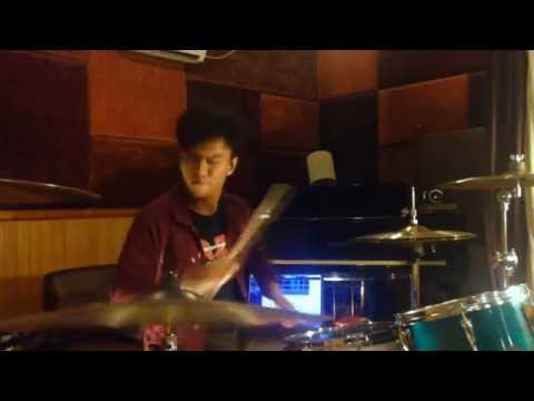 M.Iqball - foo fighter - the pretender (drum cover)