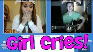 getlinkyoutube.com-Girl Cries On Omegle (Funny Fan Reaction)