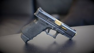 getlinkyoutube.com-Salient Arms International Tier 1 Glock 19: The $2500 Glock