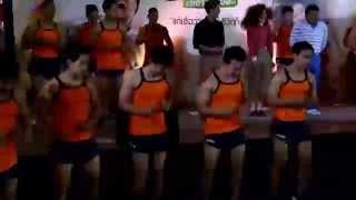 getlinkyoutube.com-ฝึกซ้อม T26 กับ ป้าแฮปปี้ she ท่าเยอะ