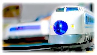 getlinkyoutube.com-TRAINS FOR CHILDREN VIDEO: High-Speed Train Auto Run Express Toys Review