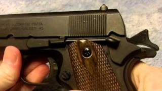 getlinkyoutube.com-1911 non-firing replica  / Colt 1911 and military holster