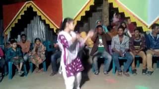 getlinkyoutube.com-Bangla new videos 2016,বিয়ের গায়ে হলুদে মেয়েটির নাচ দেখে সবাই অবাক