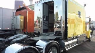 getlinkyoutube.com-Kenworth W900 home on wheels. Caminhao - Casa sobre rodas
