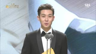 getlinkyoutube.com-청룡 신인남우상 최우식