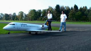 getlinkyoutube.com-Gigantic RC Airliner Bombardier CRJ 200 Lufthansa twin Turbine Model Airplane Hausen Flugtag 2014