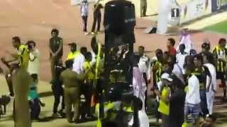 getlinkyoutube.com-اللاعبين مع الجمهور بعد مباراة  أيام سوري مافي دوري