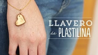 getlinkyoutube.com-Llavero de Plastilina para mamá   Craftingeek*