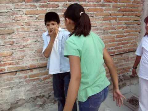 violencia infantil (actuación)