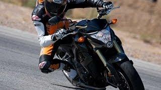 getlinkyoutube.com-2011 Honda CB1000R - Streetfighter Shootout Part 2 - MotoUSA