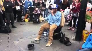 getlinkyoutube.com-Beat box king live in Street of London