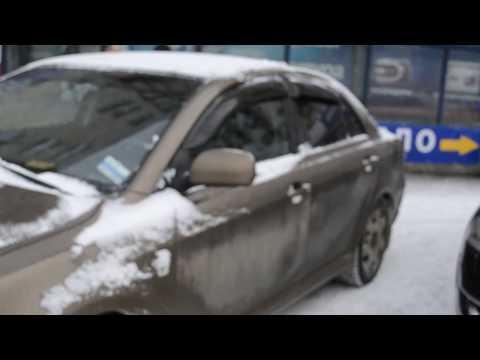 Дефлекторы окон и капота для Toyota Avensis Авенсис cедан (2003-2008)