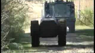 getlinkyoutube.com-Ripsaw MS1 and Command Center with gun
