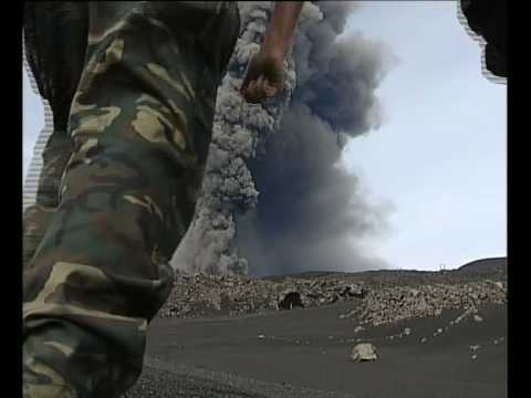 Mt Etna erupts 2002     2 of 4