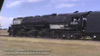 getlinkyoutube.com-Union Pacific 3985 Catches FIRE on 1999 excursion
