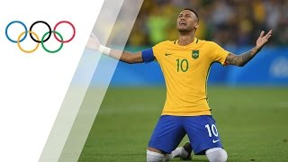 Neymar penalty seals gold for hosts