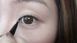 getlinkyoutube.com-Everyday Simple Eyeliner Makeup Tutorial FULL VERSION