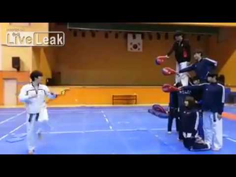 Best Karate video ever, Helicopter Kick!