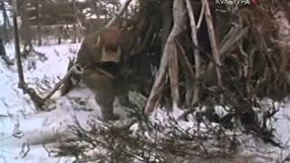 getlinkyoutube.com-Пегий пёс, бегущий краем моря 1 серия