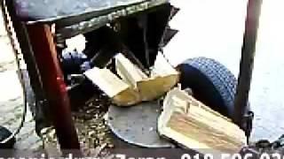 getlinkyoutube.com-Masine za cepanje drva